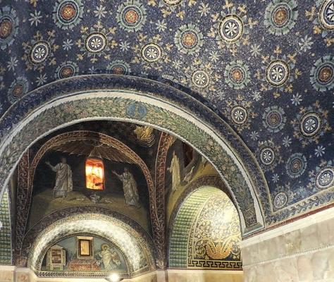 Mausoleo di Galla Placidia, interno, dopo il 425 d.C.